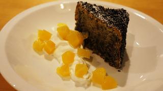2017-04黒ごまのケーキ.jpg