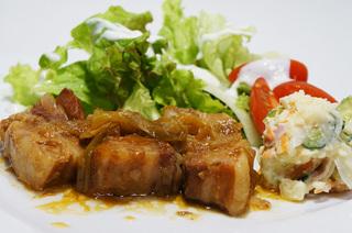 長ネギと豚バラ角煮1.jpg