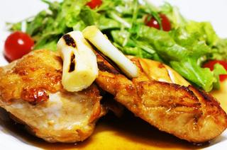 鶏のあぶり焼き山葵おろしソースで2.jpg